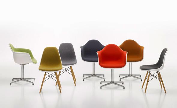 Eames Plastic Armchair : Der neue vollgepolsterte plastic chair von vitra ist da