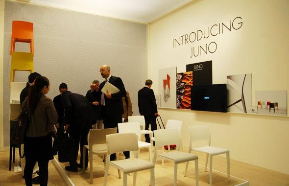 Arper auf der Salone Internazionale del Mobile 2012