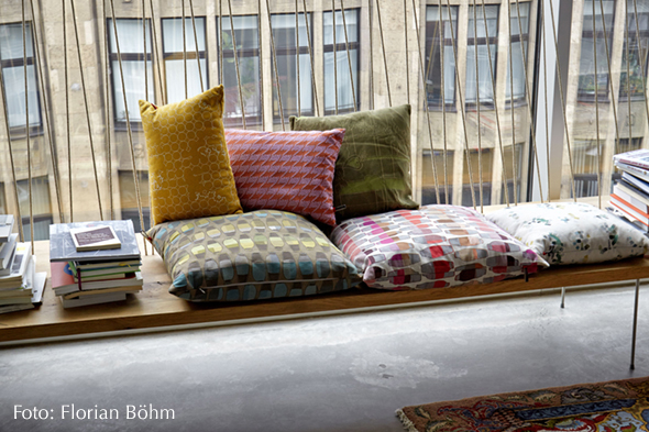 maharam kissen vitra hella jongerius 2002 2013. Black Bedroom Furniture Sets. Home Design Ideas