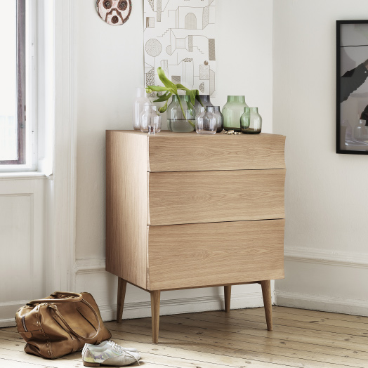 REFLECT SIDEBOARD – Muuto.