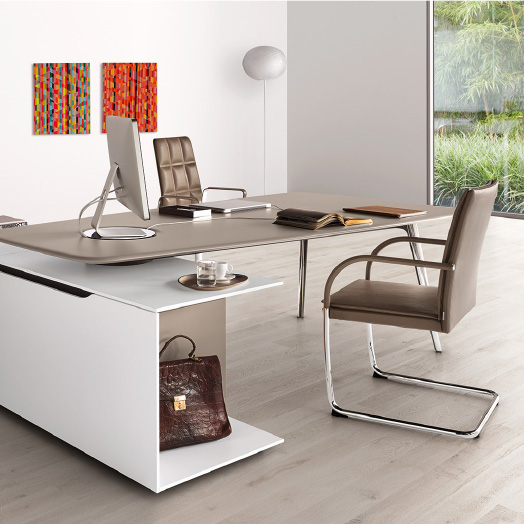 Keypiece Communication Desk – Walter Knoll Executive Offices.
