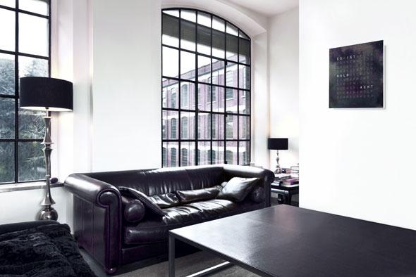 biegert funk gmbh co kg qlocktwo creators edition rust. Black Bedroom Furniture Sets. Home Design Ideas
