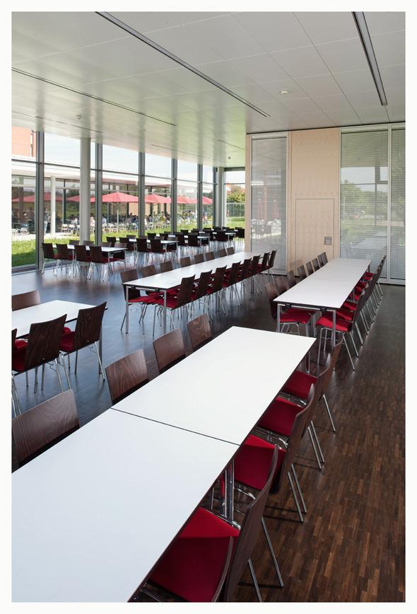 zf friedrichshafen ag anbau fez chairholder referenz. Black Bedroom Furniture Sets. Home Design Ideas