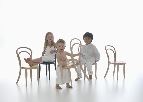 14 K von Thonet, der Klassiker als Kinderstuhl