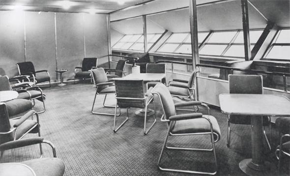 Gesellschaftsraum in der Hindenburg 1936