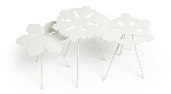 Snowflakes Table von OFFECCT