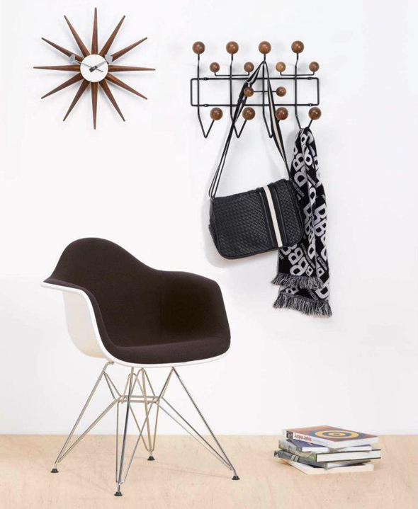 die hang it all special edition von vitra exclusiv zur weihnachtszeit 2011 chairholder. Black Bedroom Furniture Sets. Home Design Ideas