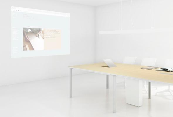 C6: Konferenztisch mit integrierter Spiegelprojektion.