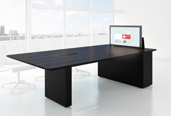 """X6: Displaytisch mit integriertem 40"""" Display."""