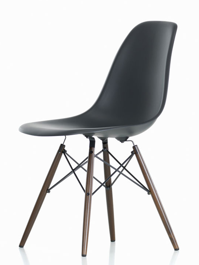 Vitra - Eames Plastic Side Chair - DSW Ahorn dunkel