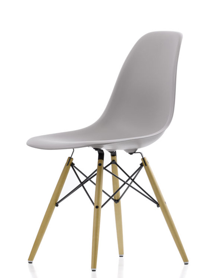 Vitra - Eames Plastic Side Chair - DSW Esche