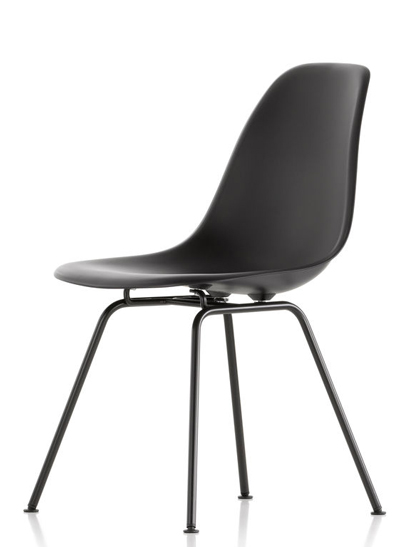 eames plastic side chair von vitra designerm bel bei. Black Bedroom Furniture Sets. Home Design Ideas