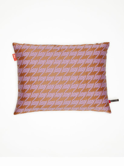 vitra kissen maharam repeat classic houndstooth pink produktdetails. Black Bedroom Furniture Sets. Home Design Ideas