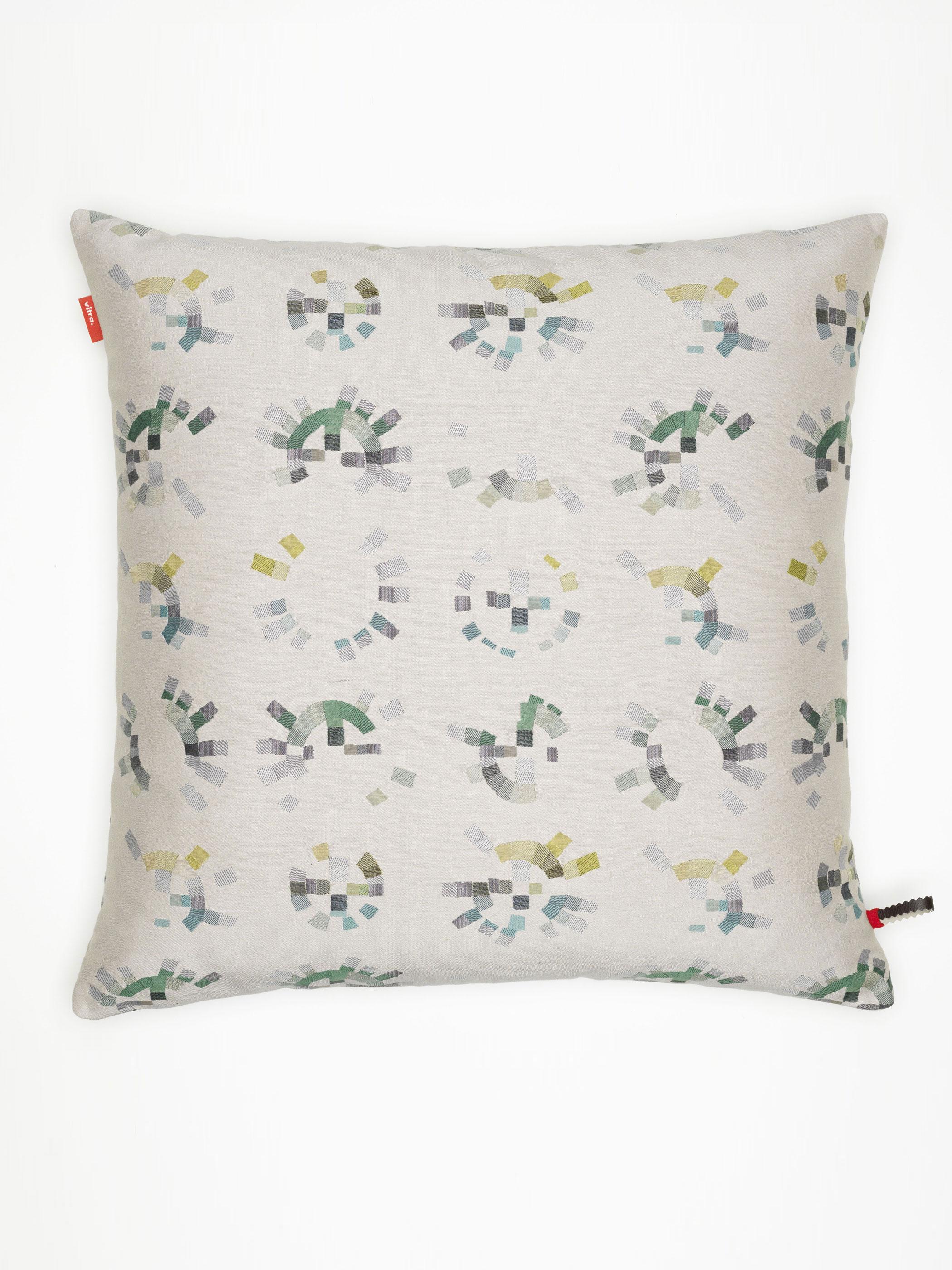 vitra kissen maharam colorwheel pumice produktdetails. Black Bedroom Furniture Sets. Home Design Ideas