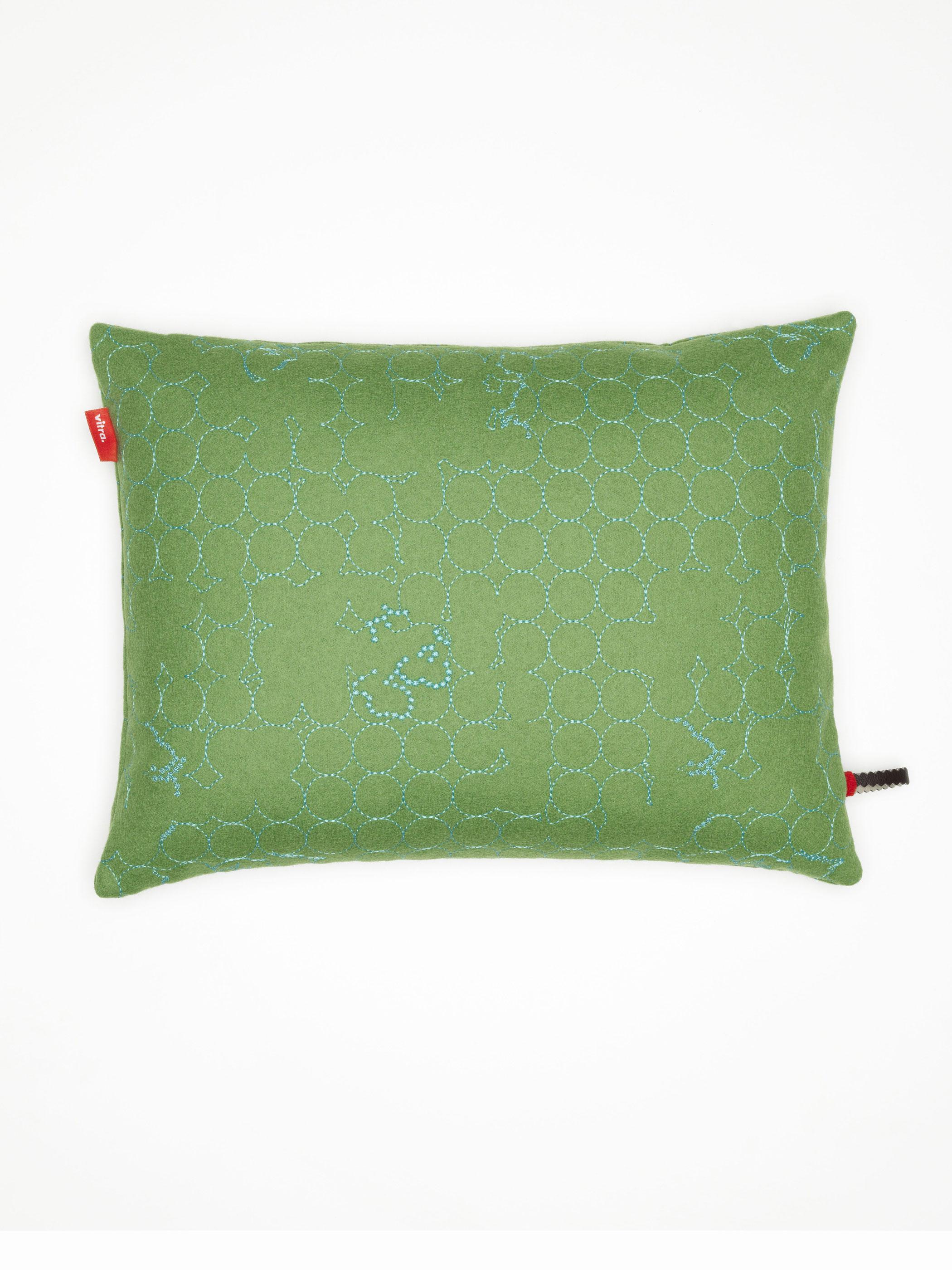 vitra kissen maharam layers vineyard jade turquoise produktdetails. Black Bedroom Furniture Sets. Home Design Ideas