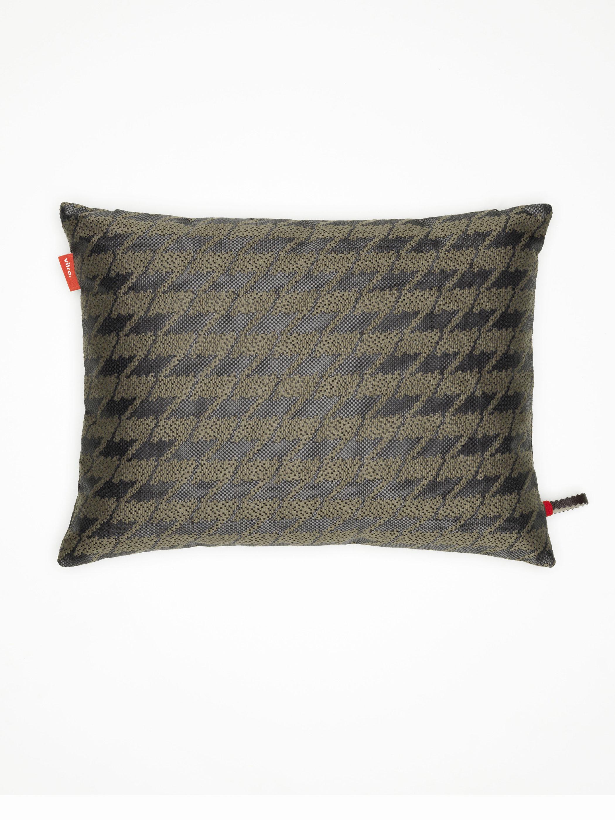 vitra kissen maharam repeat classic houndstooth cocoa produktdetails. Black Bedroom Furniture Sets. Home Design Ideas