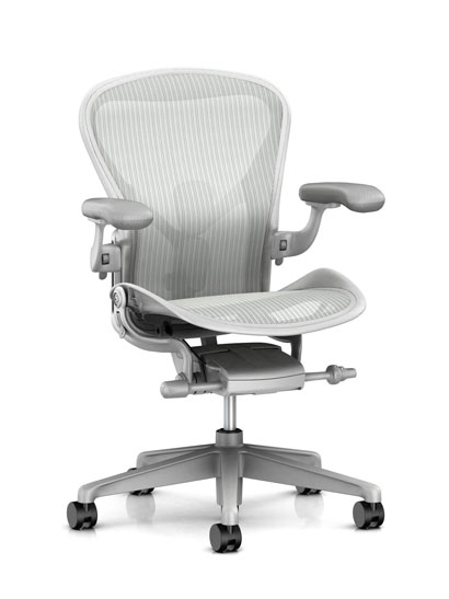 Herman Miller - Aeron remastered (New Aeron)